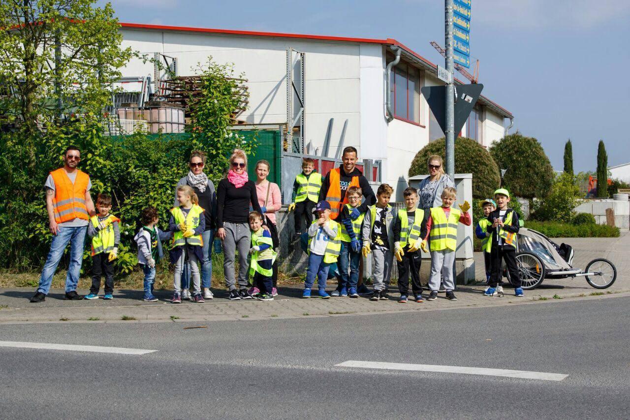 "RKG Jugend bei Aktion ""Saubere Gemeinde"""