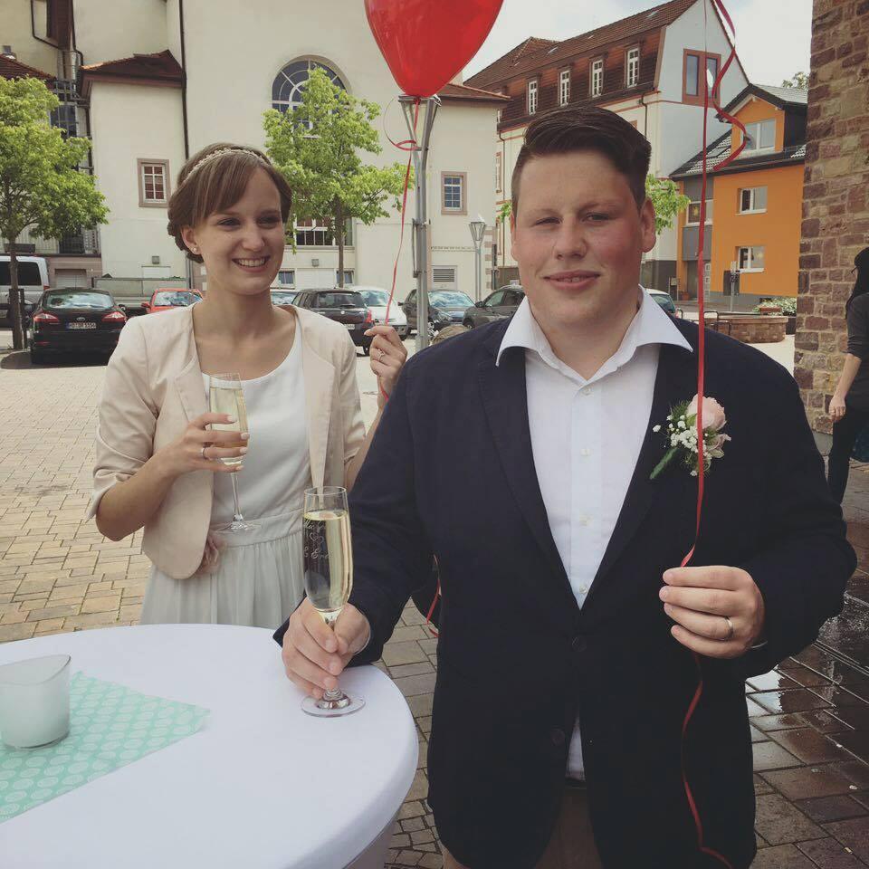 Die RKG gratuliert dem Brautpaar Offenloch